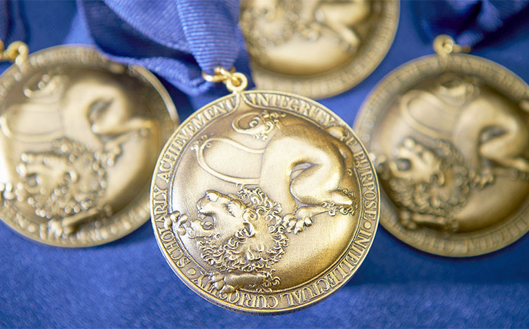 Schreyer Honors College Scholars Medals
