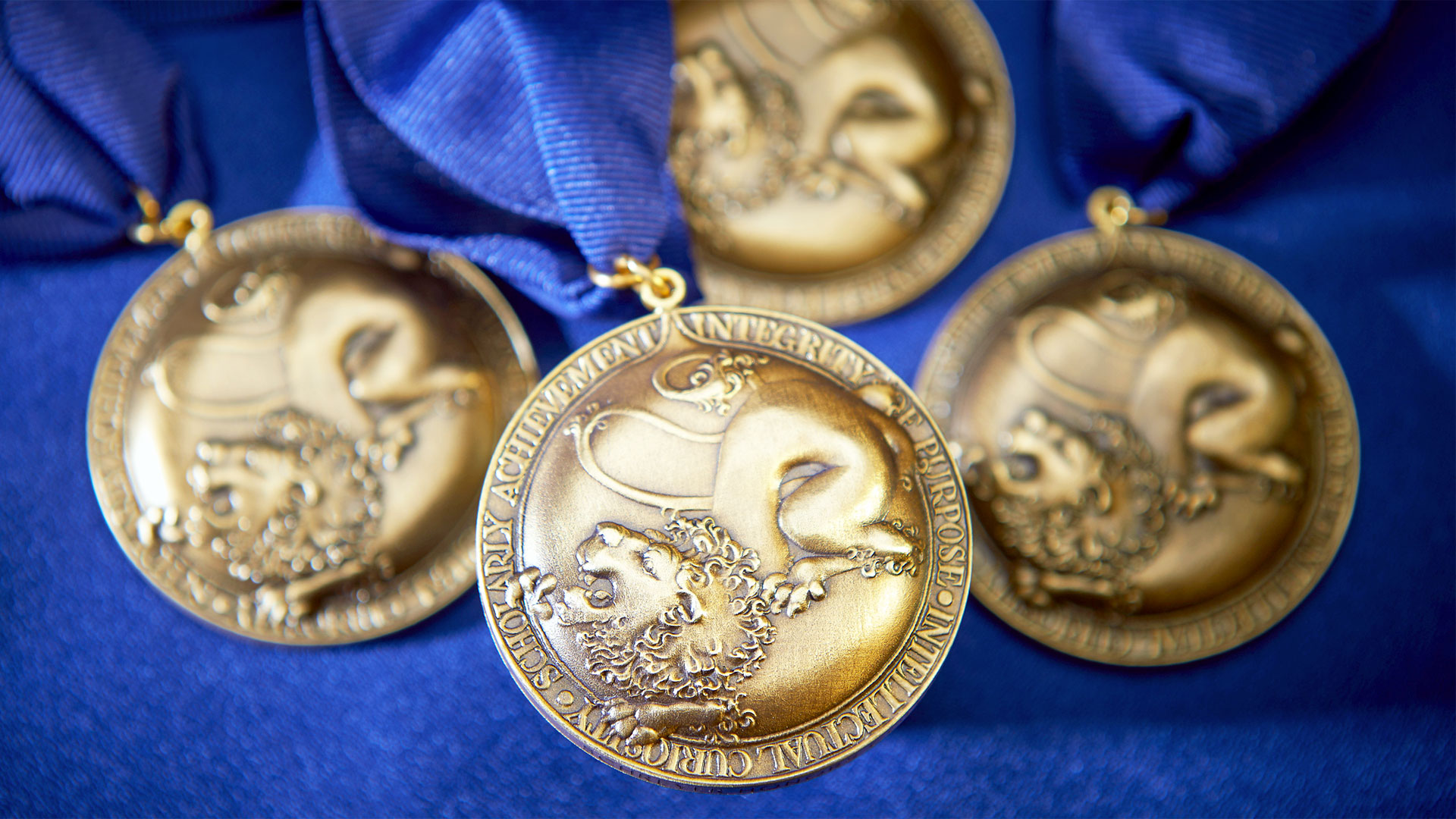 The Schreyer Honors College Scholars Medal